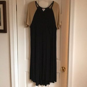 GUC Black and Tan LuLaRoe Carly dress